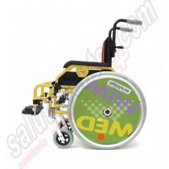 Sedie e carrozzine manuali ed elettriche per anziani for Sedia a rotelle ruote piccole