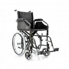 sedia a rotelle con dimensioni ridotte per passaggi stretti PEDANE E BRACCIOLI RIMOVIBILI